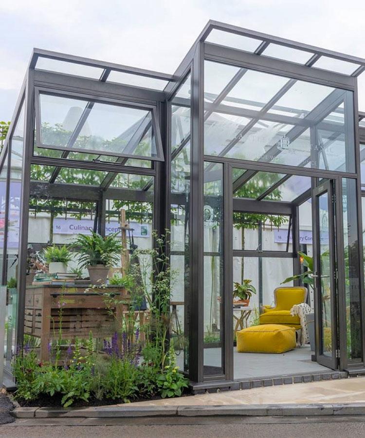 Modello di serra da giardino in vetro n.25