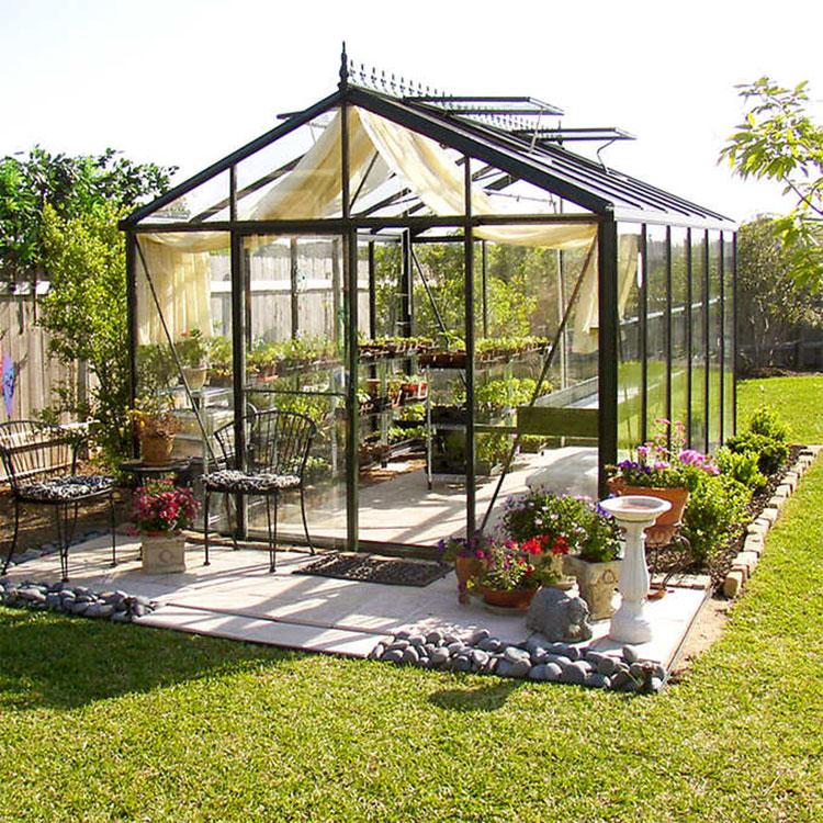 Modello di serra da giardino in vetro n.27