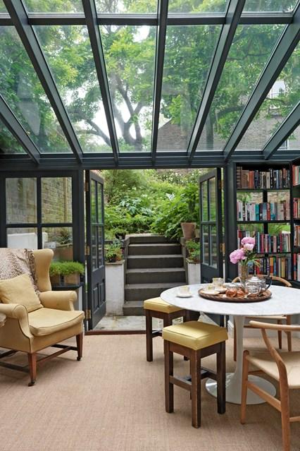 Foto della serra da giardino in vetro n.10