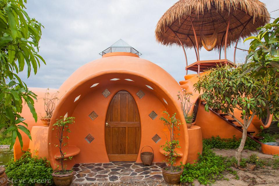 Foto della casa a forma di cupola in Thailandia