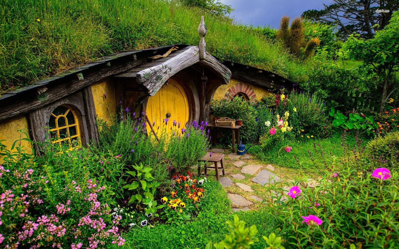 Foto della casa in stile Hobbit realizzata in Nuova Zelanda