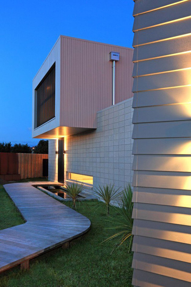 Foto dell'esterno della casa moderna n.08