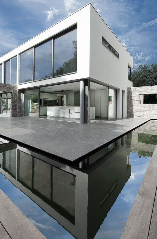 Foto dell'esterno della casa moderna n.10