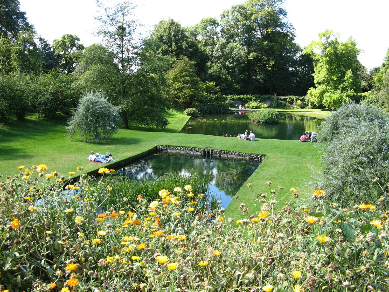 40 foto di bellissimi laghetti da giardino - Laghetti da giardino ...