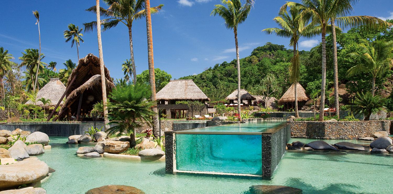 Foto della piscina del resort Laucala Island alle Fiji