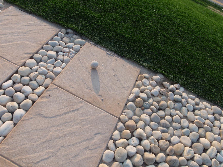 Pavimenti In Vetro Per Esterni 30 idee di pavimenti in pietra per esterni e giardini