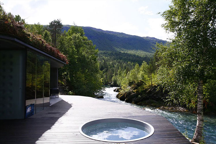 Foto della piscina esterna del resort Juvent Landscape in Norvegia