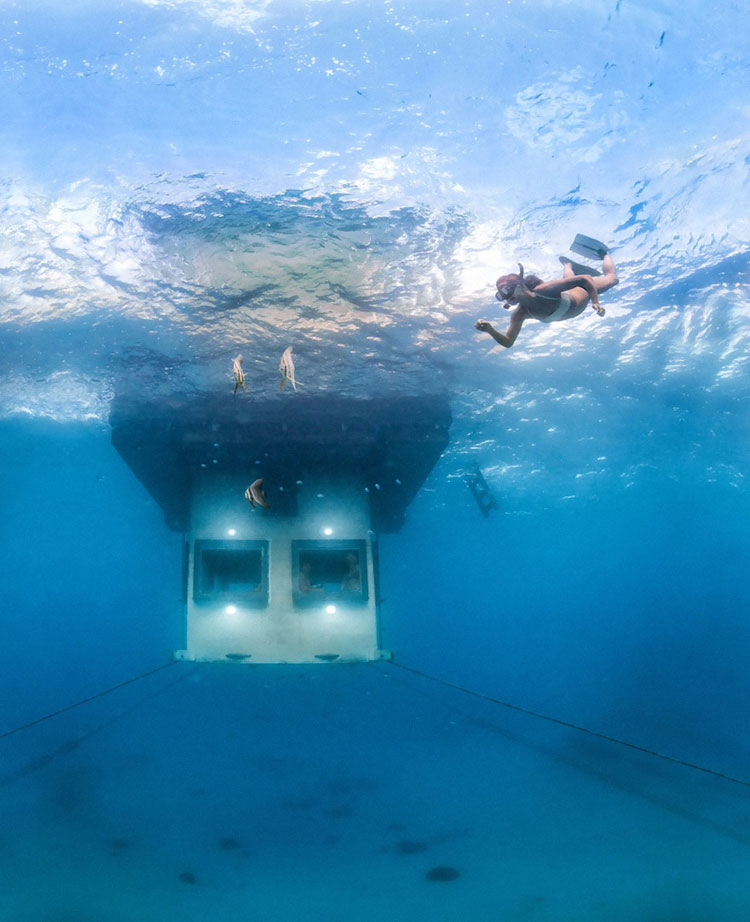 Foto subacquea 2 del Manta Resort a Zanzibar