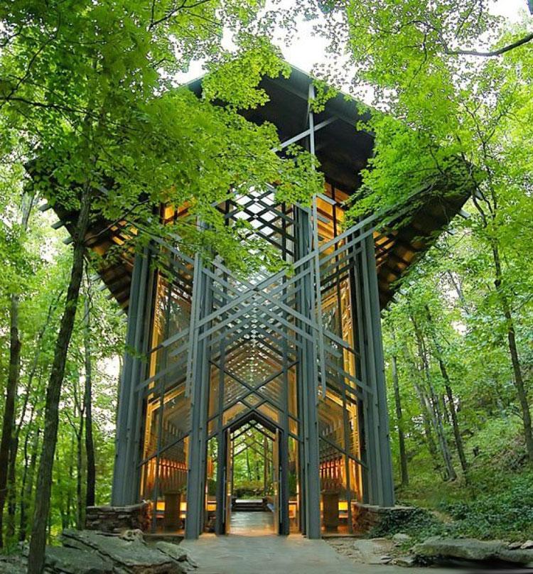 Foto della cappella di Thorncrown negli USA