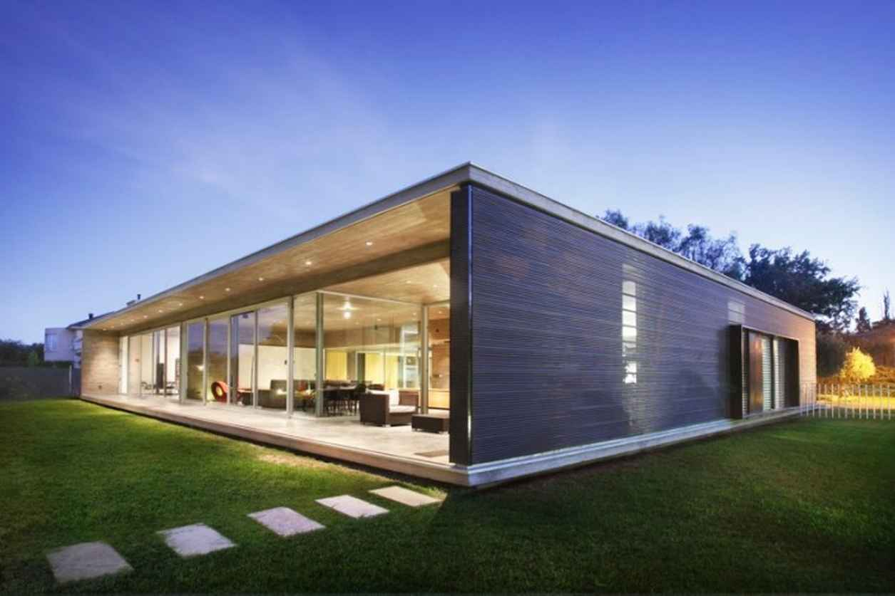 Foto della casa di legno in stile moderno n.02