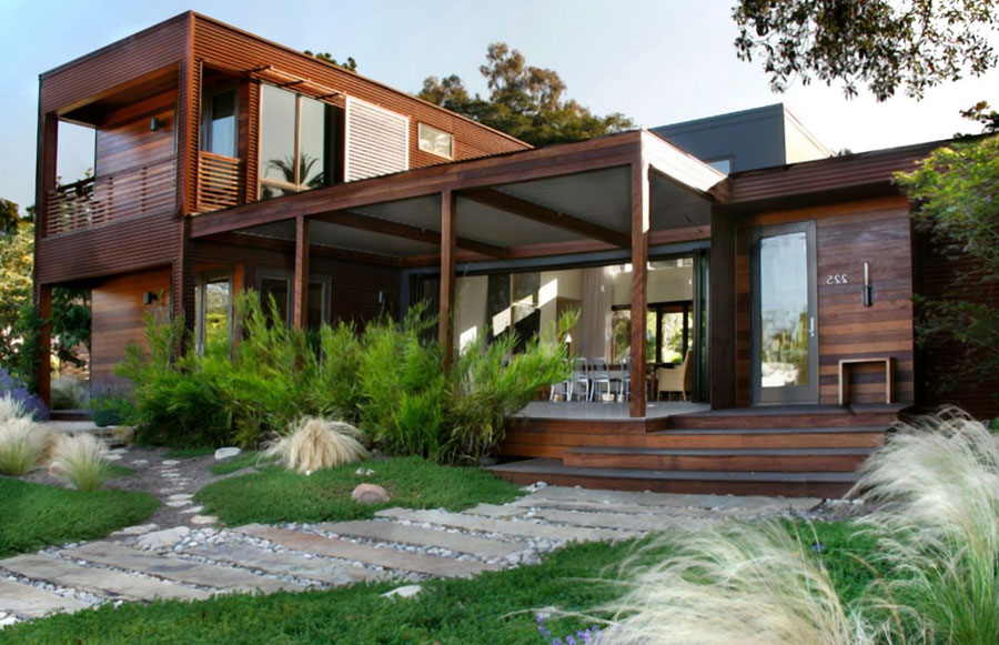 Foto della casa di legno in stile moderno n.11