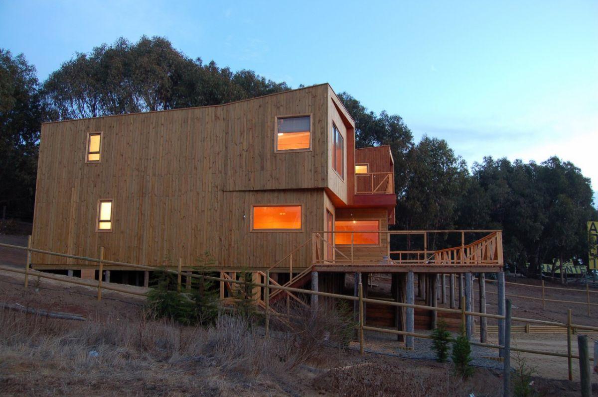 Foto della casa di legno in stile moderno n.16