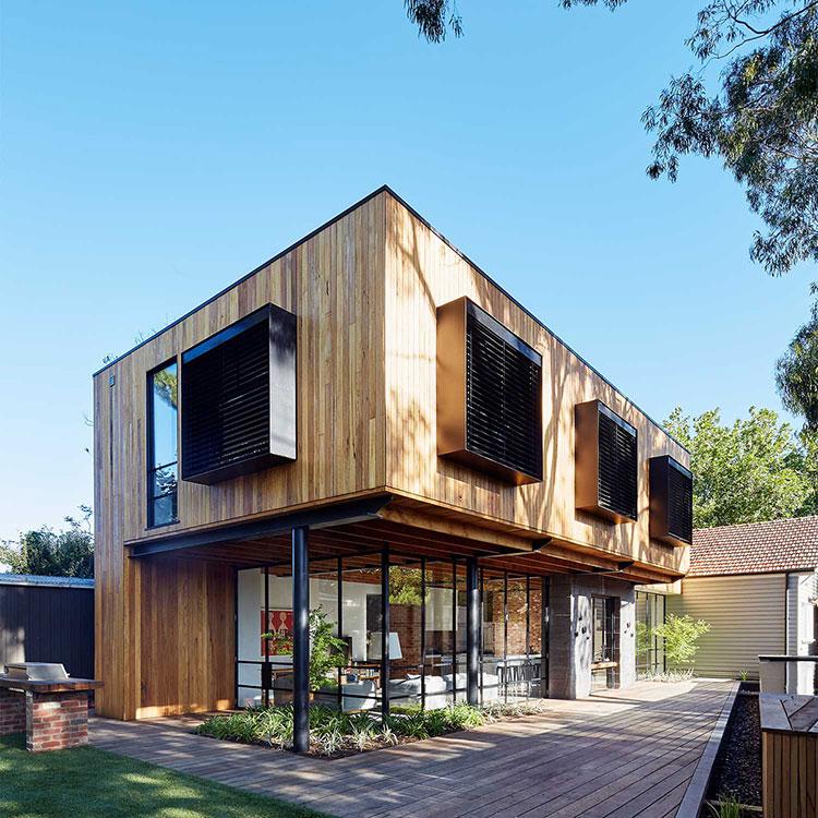 Foto della casa di legno in stile moderno n.22
