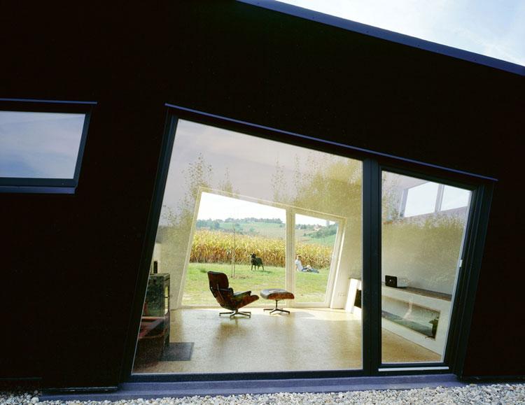 Foto del salotto della casa prefabbricata Amalia House