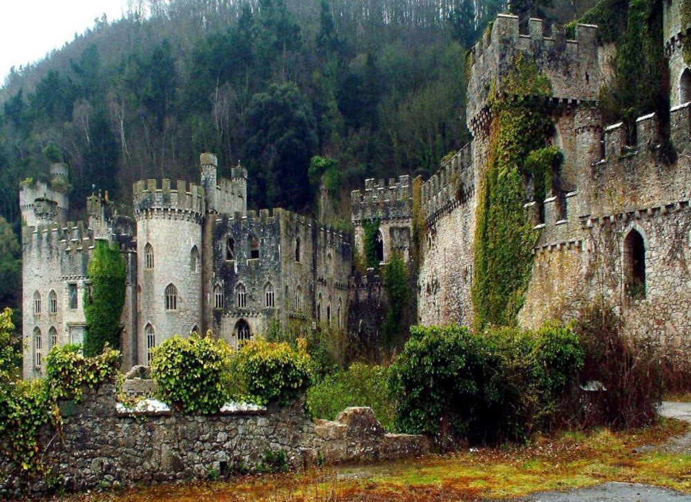 Immagine del castello di Gwrych in Galles