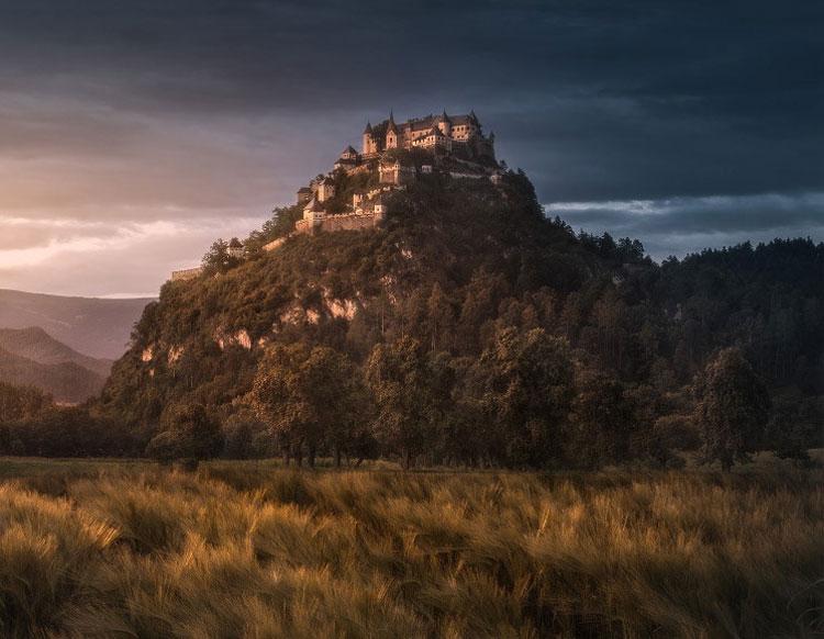 Immagine del castello Hochosterwitz in Austria