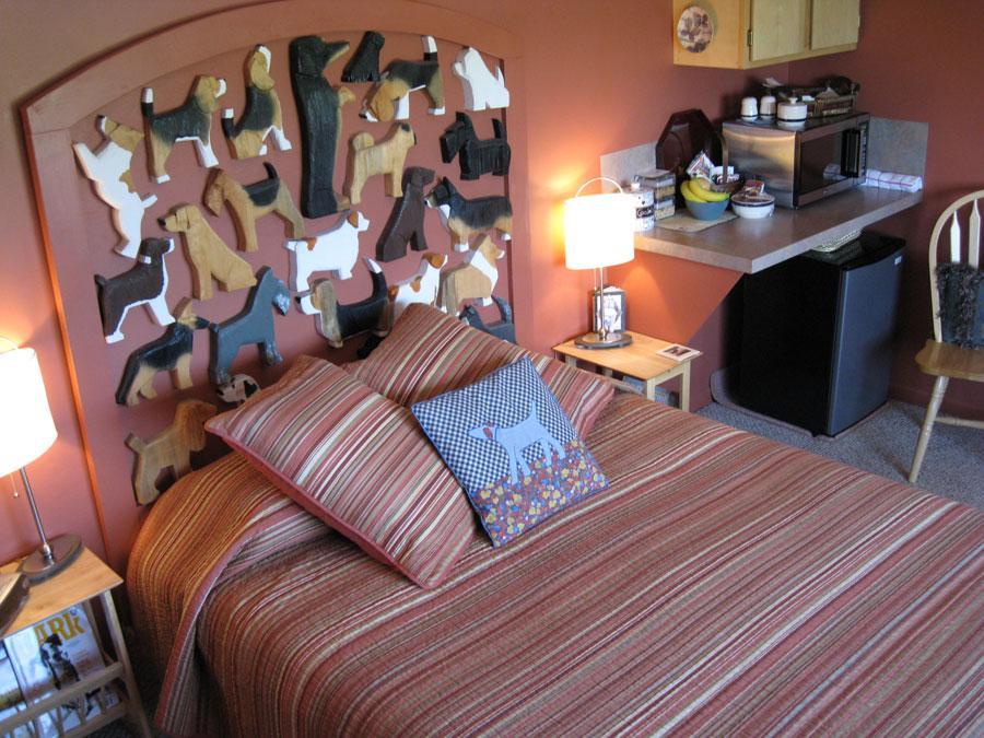 Foto dell'interno dell'hotel Dog Bark Park Inn negli USA