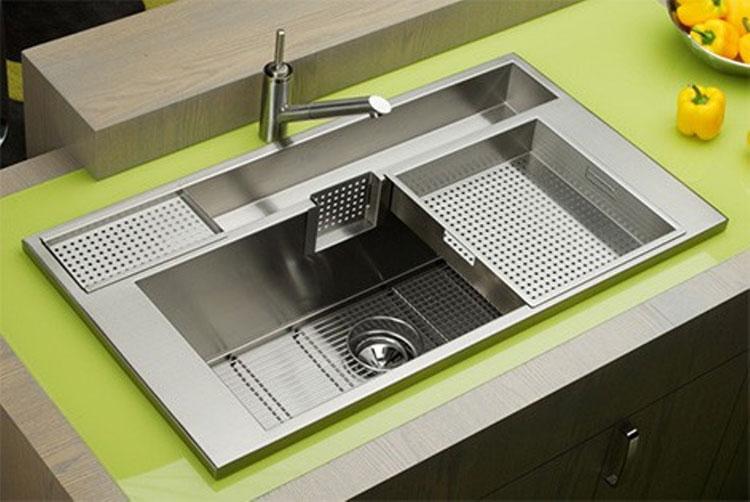 Immagine del lavello da cucina dal design moderno n.12