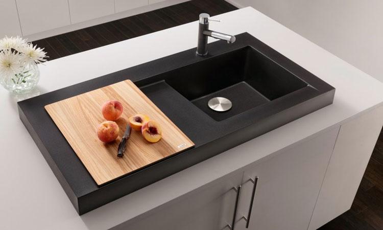 Immagine del lavello da cucina dal design moderno n.24