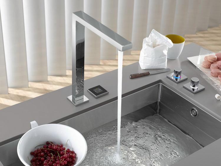Immagine del lavello da cucina dal design moderno n.25