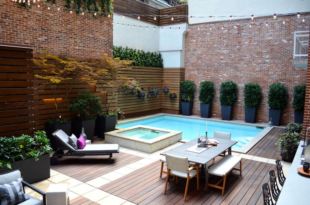 Foto della piscina dal design moderno n.02
