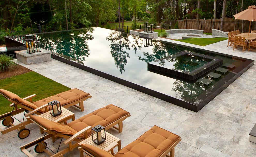 Foto della piscina dal design moderno n.13