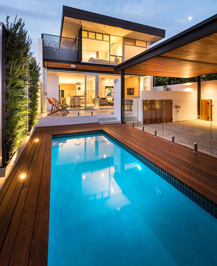 Foto della piscina dal design moderno n.15