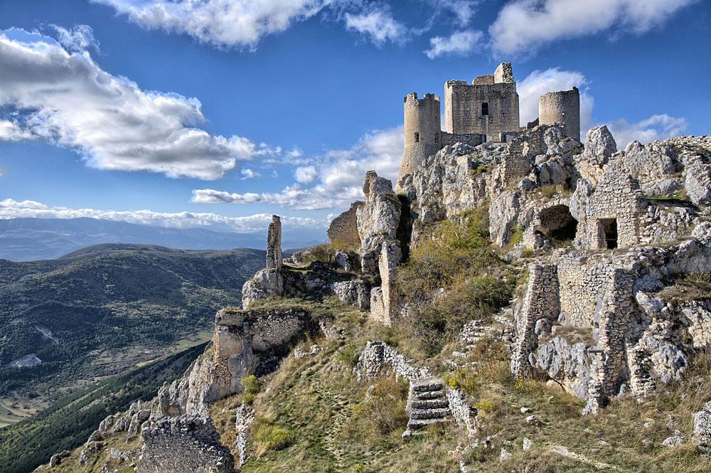Immagine della rocca Calascio in Italia