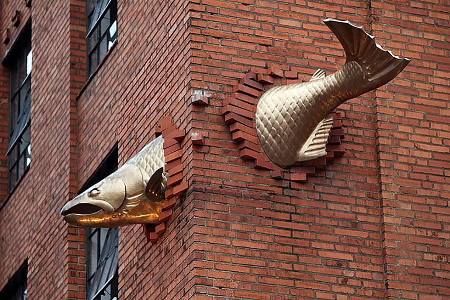 Salmon-Sculpture
