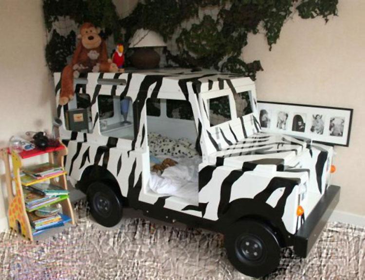 Letto a forma di macchina per bambini n.29
