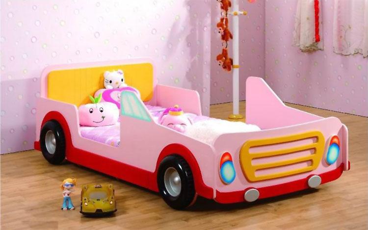 Letto a forma di macchina per bambini n.31