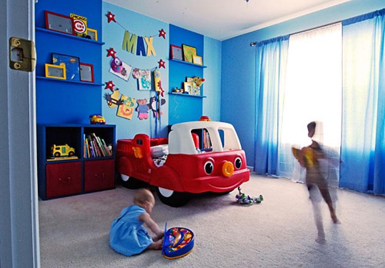 Letto a forma di camioncino per bambini