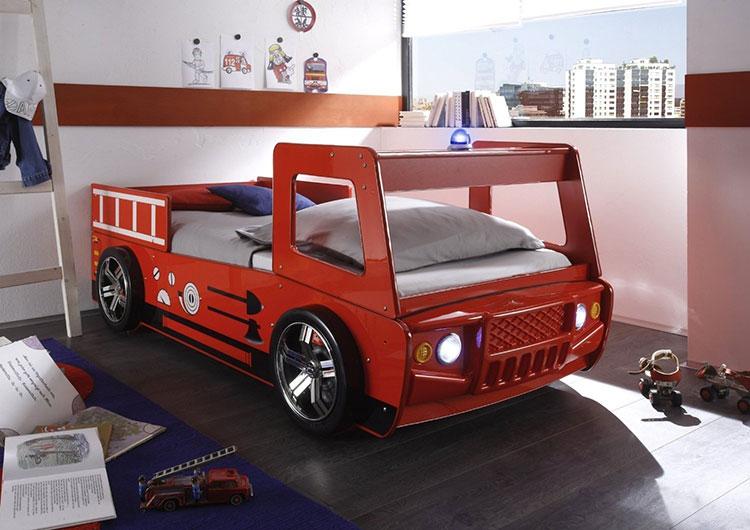 Letto a forma di camion dei pompieri 1