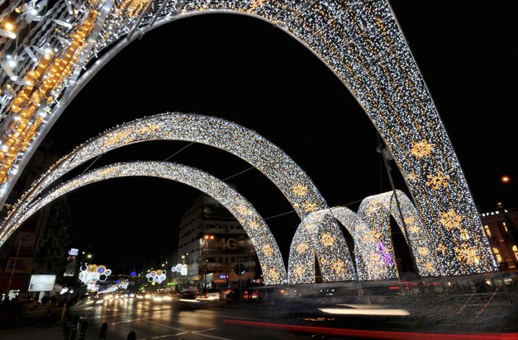 Foto delle luci natalizie di Bucarest