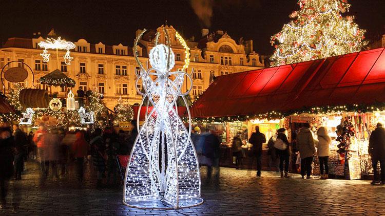 Foto delle luci natalizie di Praga