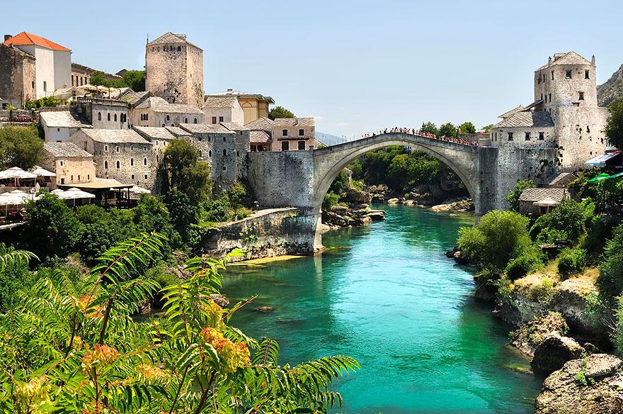 Foto del ponte di Stari Most in Bosnia Erzegovina