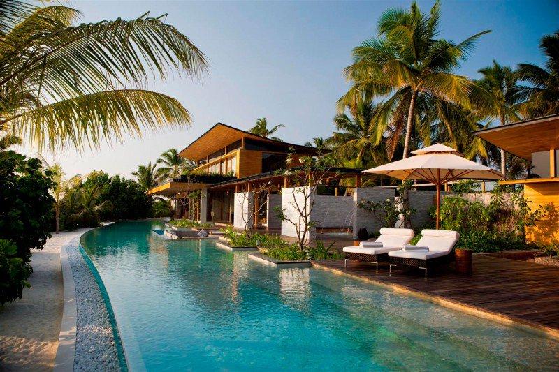 Foto del resort sul mare Coco Prive alle Maldive
