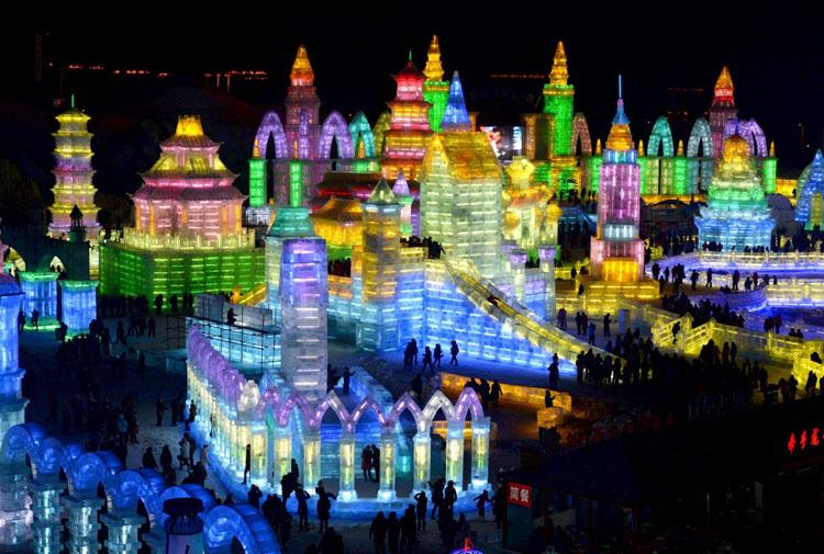 Foto delle sculture dell'Harbin Ice Festival n.01