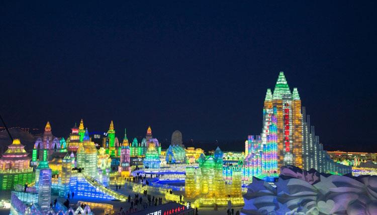 Foto delle sculture dell'Harbin Ice Festival n.07