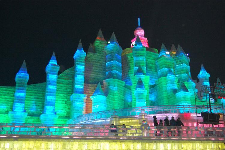 Foto delle sculture dell'Harbin Ice Festival n.10