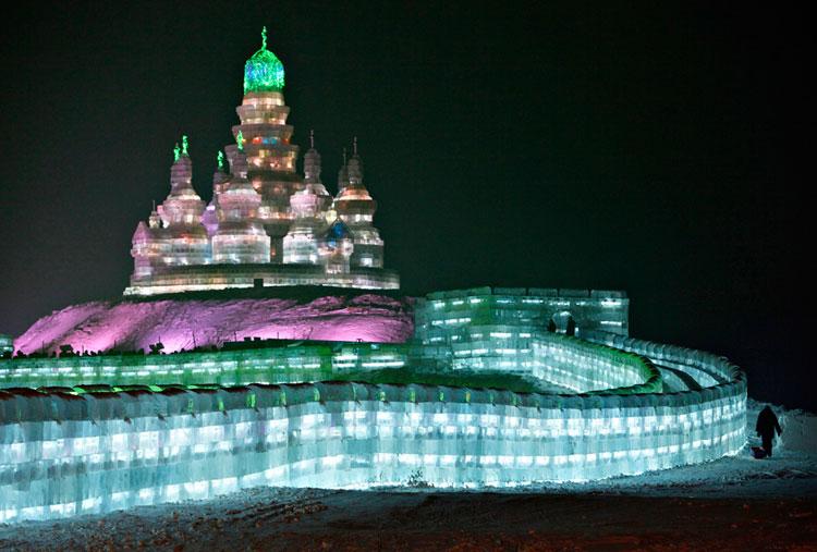 Foto delle sculture dell'Harbin Ice Festival n.12