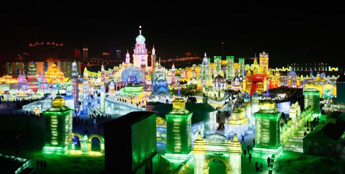 Le Più Belle Sculture di Ghiaccio dell'Harbin Ice Festival in Cina