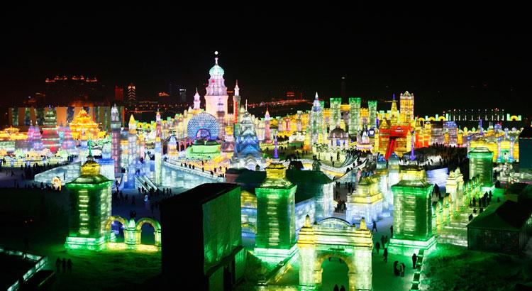 Foto delle sculture dell'Harbin Ice Festival n.16