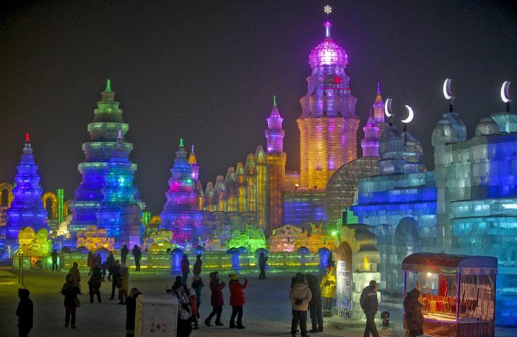 Foto delle sculture dell'Harbin Ice Festival n.20