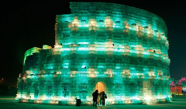 Foto delle sculture dell'Harbin Ice Festival n.25