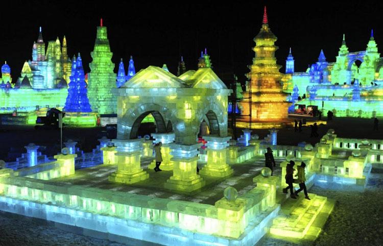 Foto delle sculture dell'Harbin Ice Festival n.27