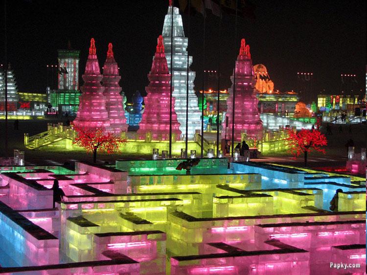 Foto delle sculture dell'Harbin Ice Festival n.28
