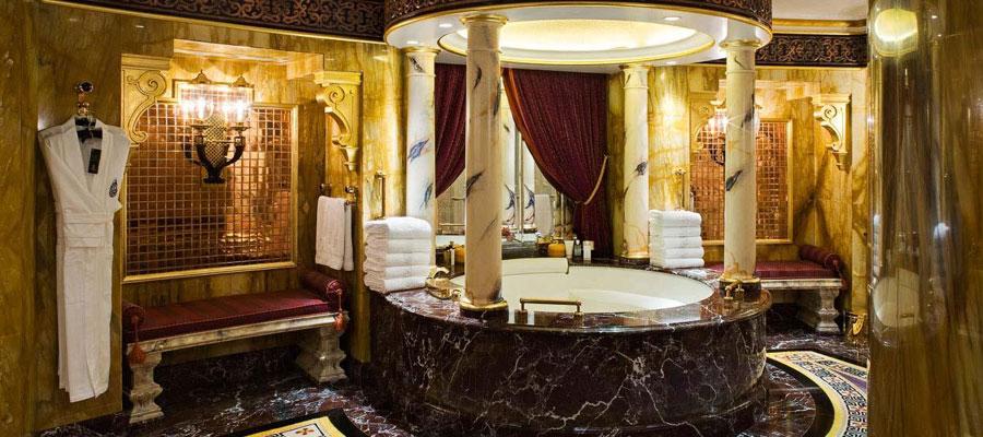 Sala da bagno dell'hotel Burj Al Arab a Dubai
