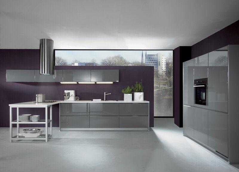 Modello di cucina moderna con penisola n.23