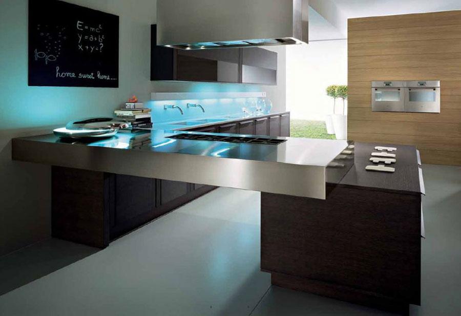 Modello di cucina moderna con penisola n.36